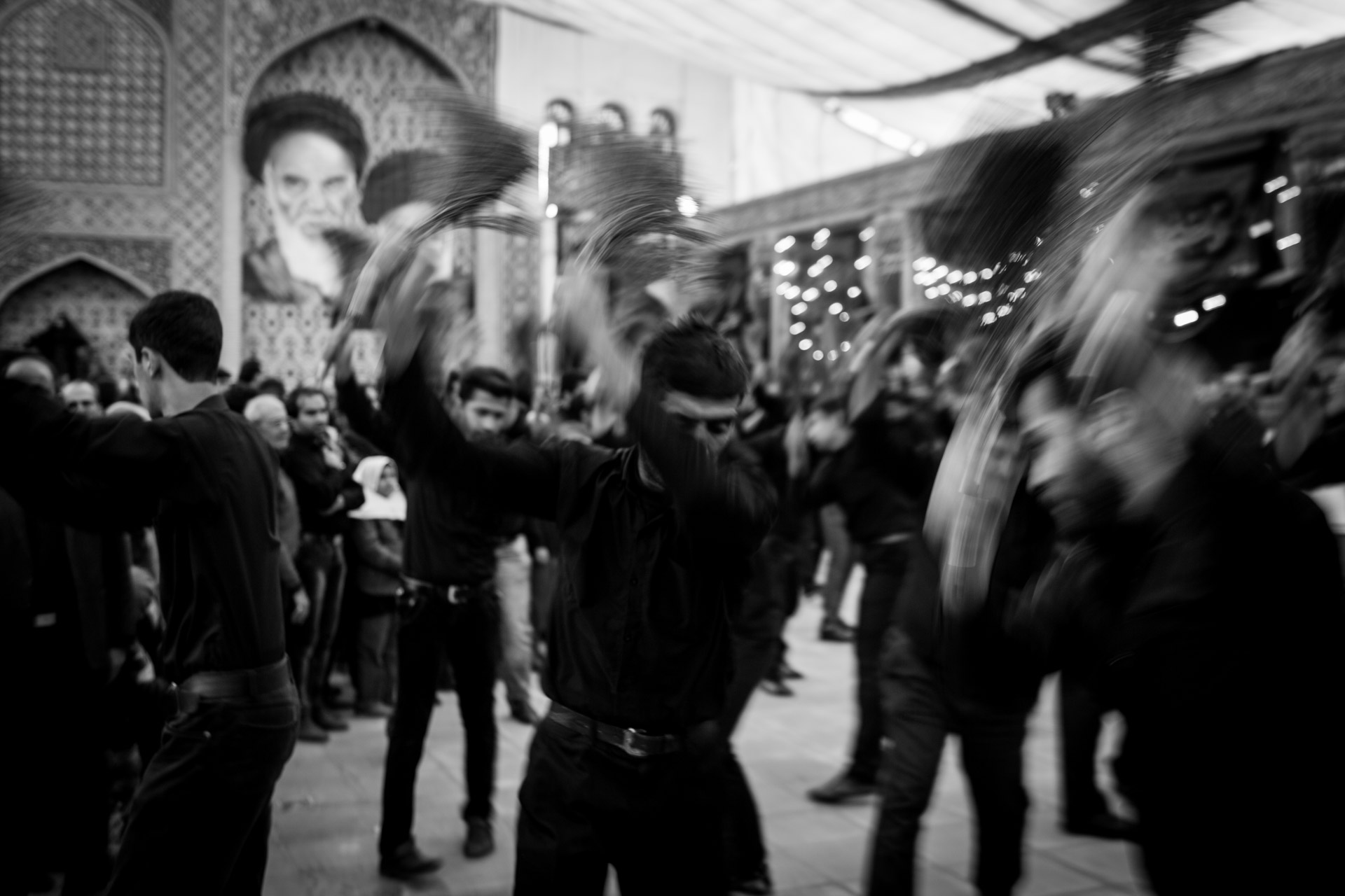 Self-flagellations in the courtyard of the Friday mosque of Isfahan during Tasua, one day before Ashura.